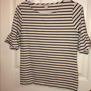 Striped puffy shoulder sleeve tee